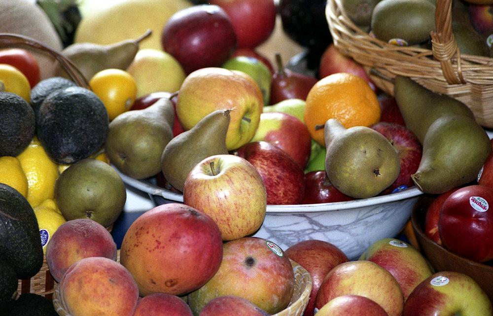 Apples, Maine kitchen