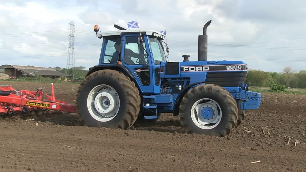 ford tractors.jpg