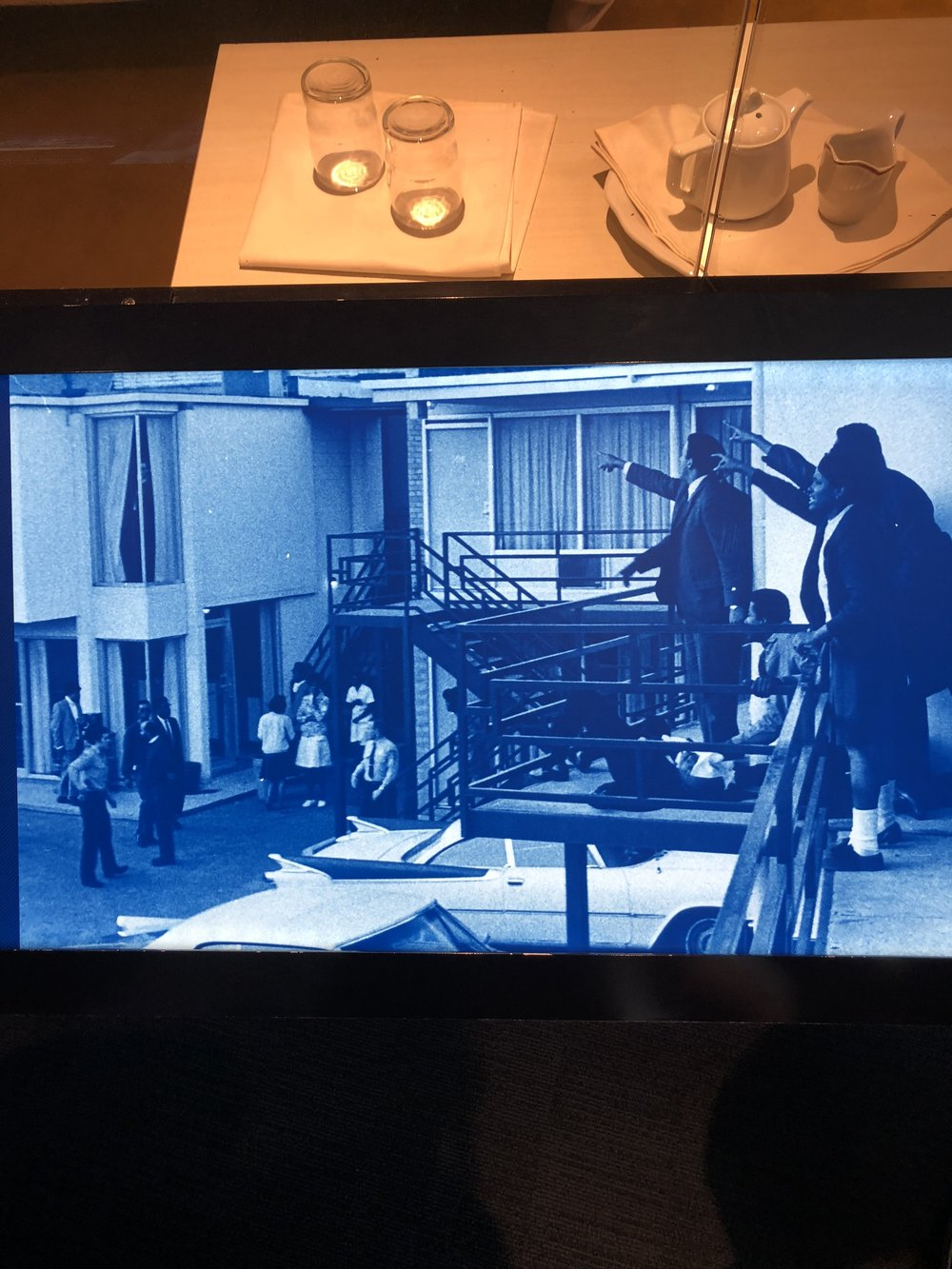 Image of Dr. King being shot