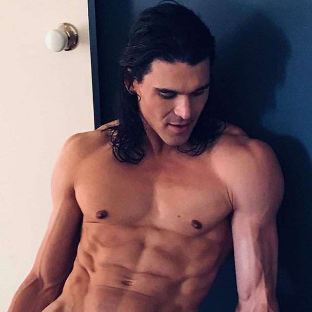 REPOST -- @heath_wild  A bit of our Heath Ledger look a like on this Boxing Day! And yes ladies... he's on special too! 😜 • • • #hensparty #goldcoastmalestrippers #malestrippers #malestripper #toplesswaiter #buffbutler #malestripshow #hotmen #musclemen #sexymen #hensparty #bacheloretteparty #hensnight #bachelorette #adultentertainer #maleentertainer #entertainer #adultentertainment #aussiemen #goldcoast #goldcoastboys #cheekyboys #tannedboys #tannedmen #rippedmen #badboy #fitmen #abs #aussieboys