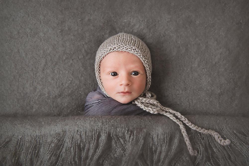 Newborn baby boy grey blanket Geelong Melbourne Tania Fernandes.jpg