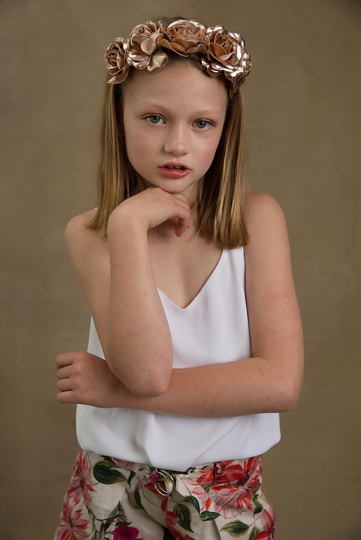 Geelong photographer child crown fashion tania fernandes.jpg