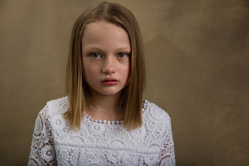 Geelong photographer tania fernandes child portrait model.jpg