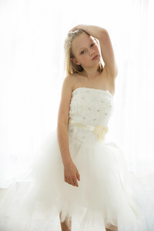 Geelong family photographer child backlight model.jpg