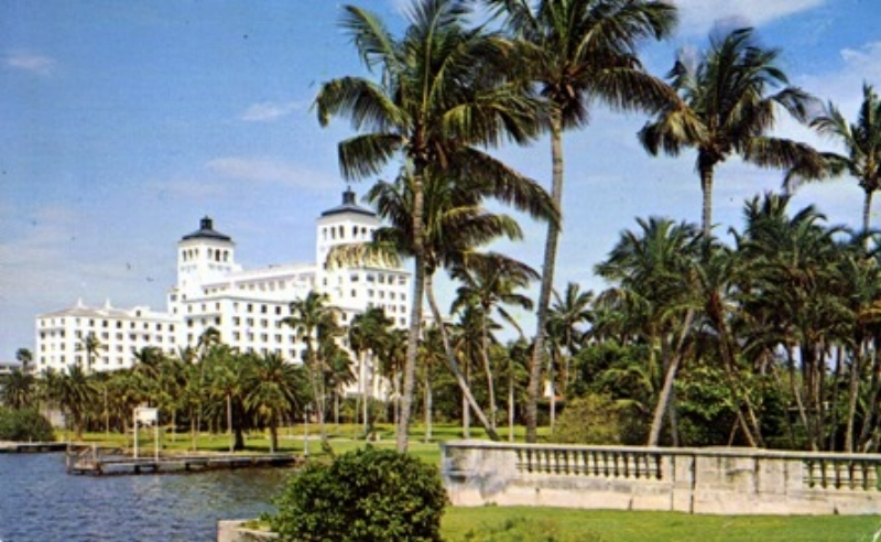 Palm Beach coast line, Biltmore Hotel, West Palm Beach, FL. D&M Post Cards & Records Co., postmarked 1970.