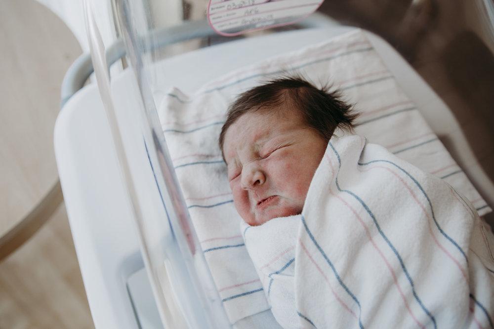 allie wilson photography newborn fresh 48 NJ new jersey photographer