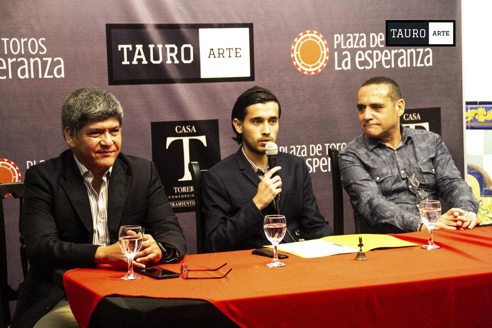 1_Conferecia_Tauroarte.jpg