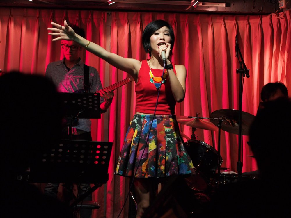 Live Performance for Sappho Bar & Music, Taipei (2014)