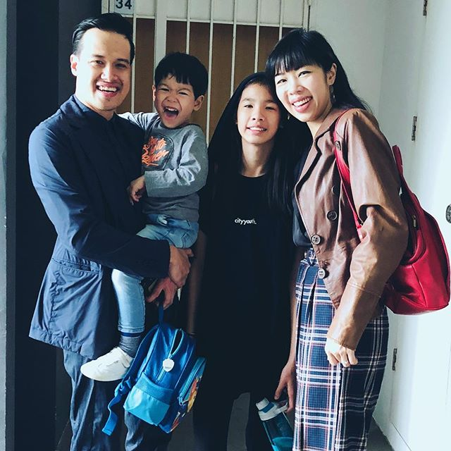 👨👩👧👦Home is where the heart is. This really hits home after more than a week away... Happy Sunday everyone!🌟🌟🌟#dewinnefamilie #marknsarah13yrs