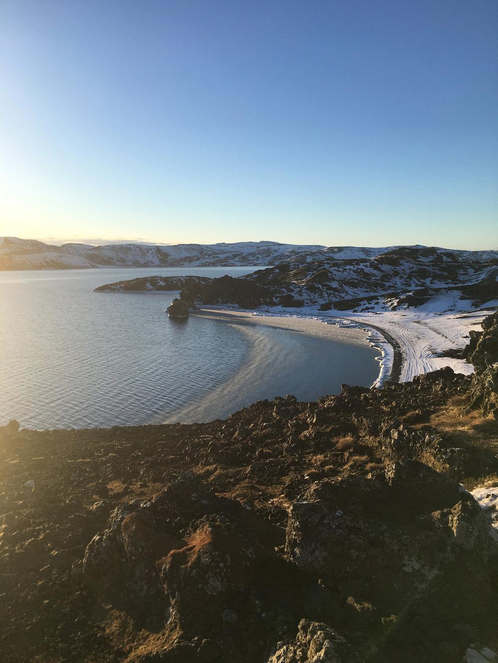 Iceland-Lake3.jpg