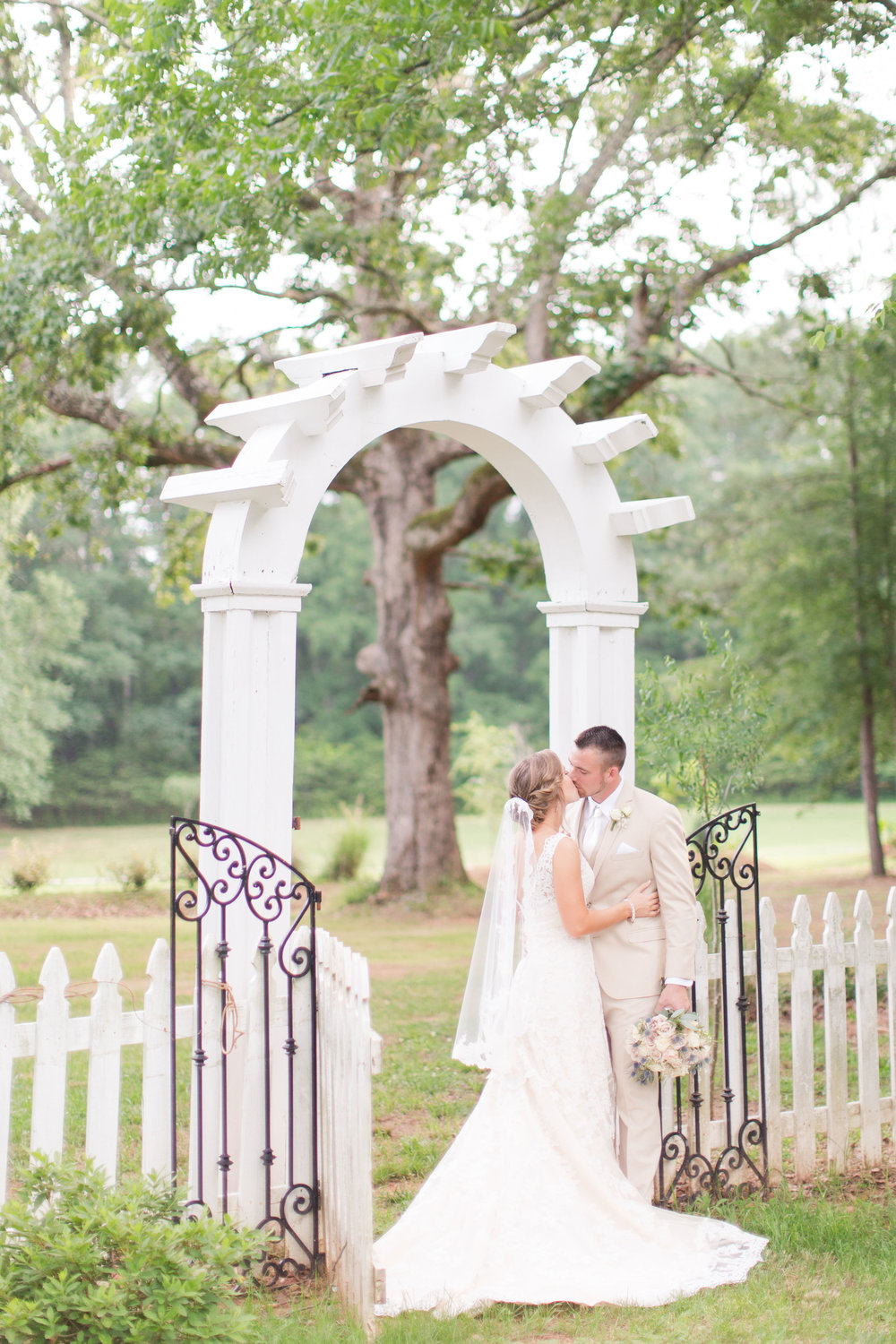 9_oaks_farm_monroe_ga_wedding_photographers-244.jpg