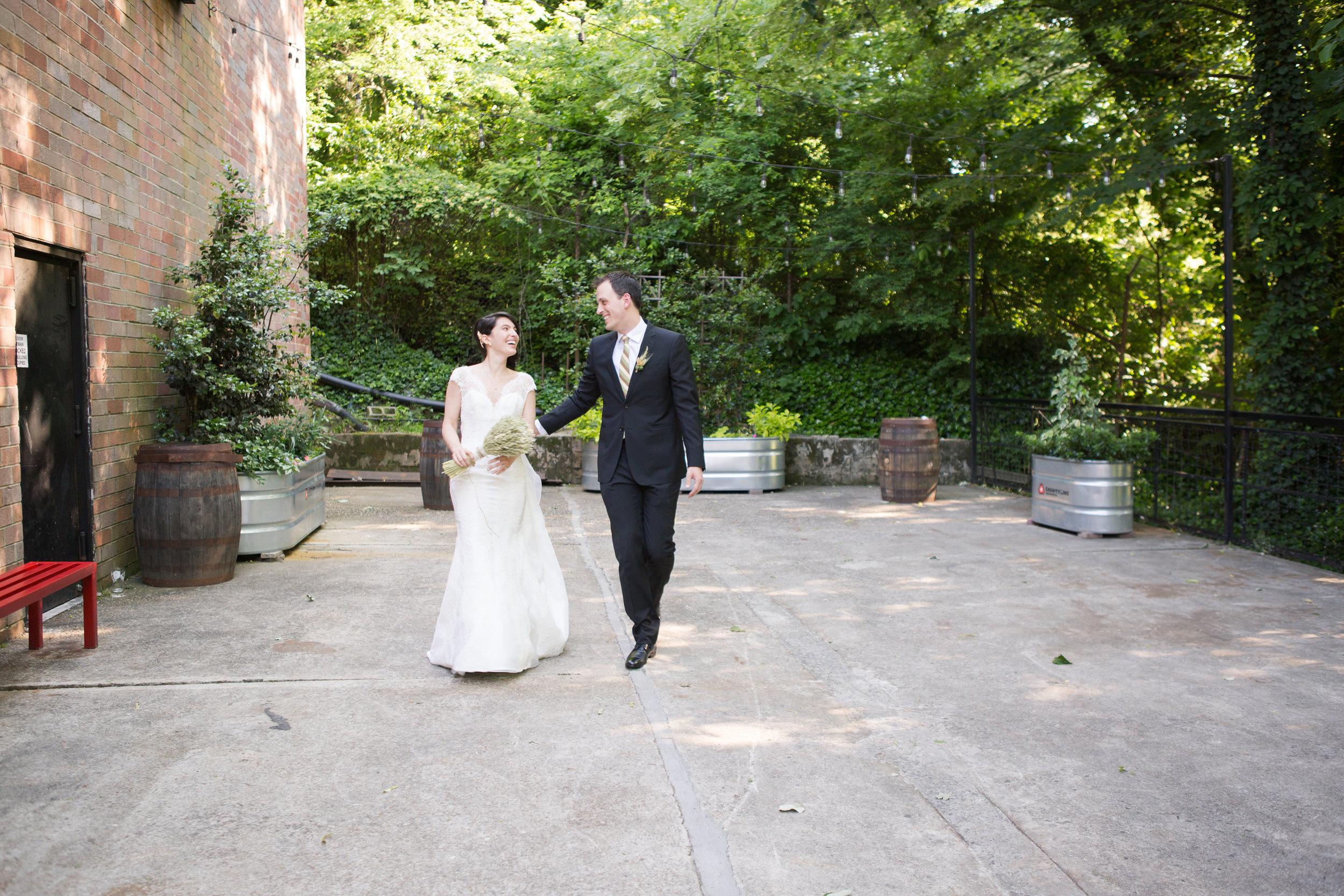 monday_night_brewing_atlanta_wedding_photographers-6