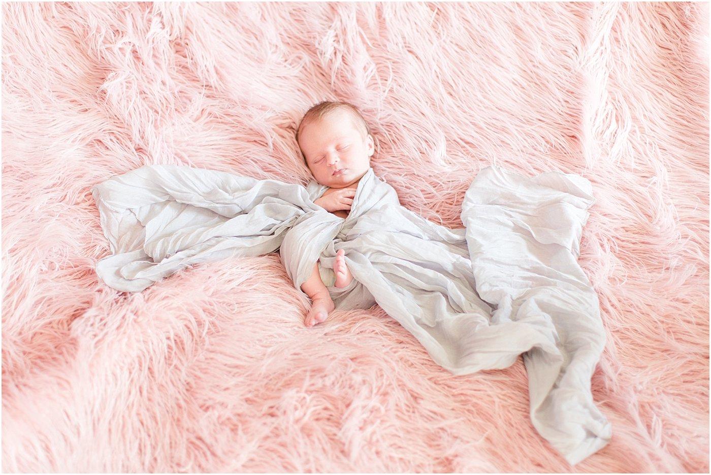 Monroe_Ga_Newborn_Photographers_0043.jpg