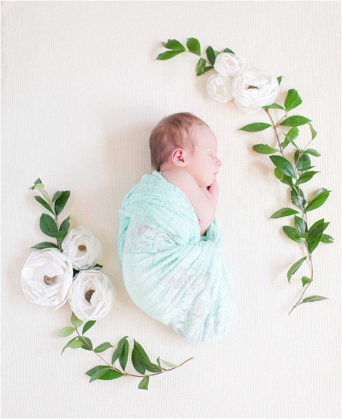 Monroe_Ga_Newborn_Photographers_0049.jpg