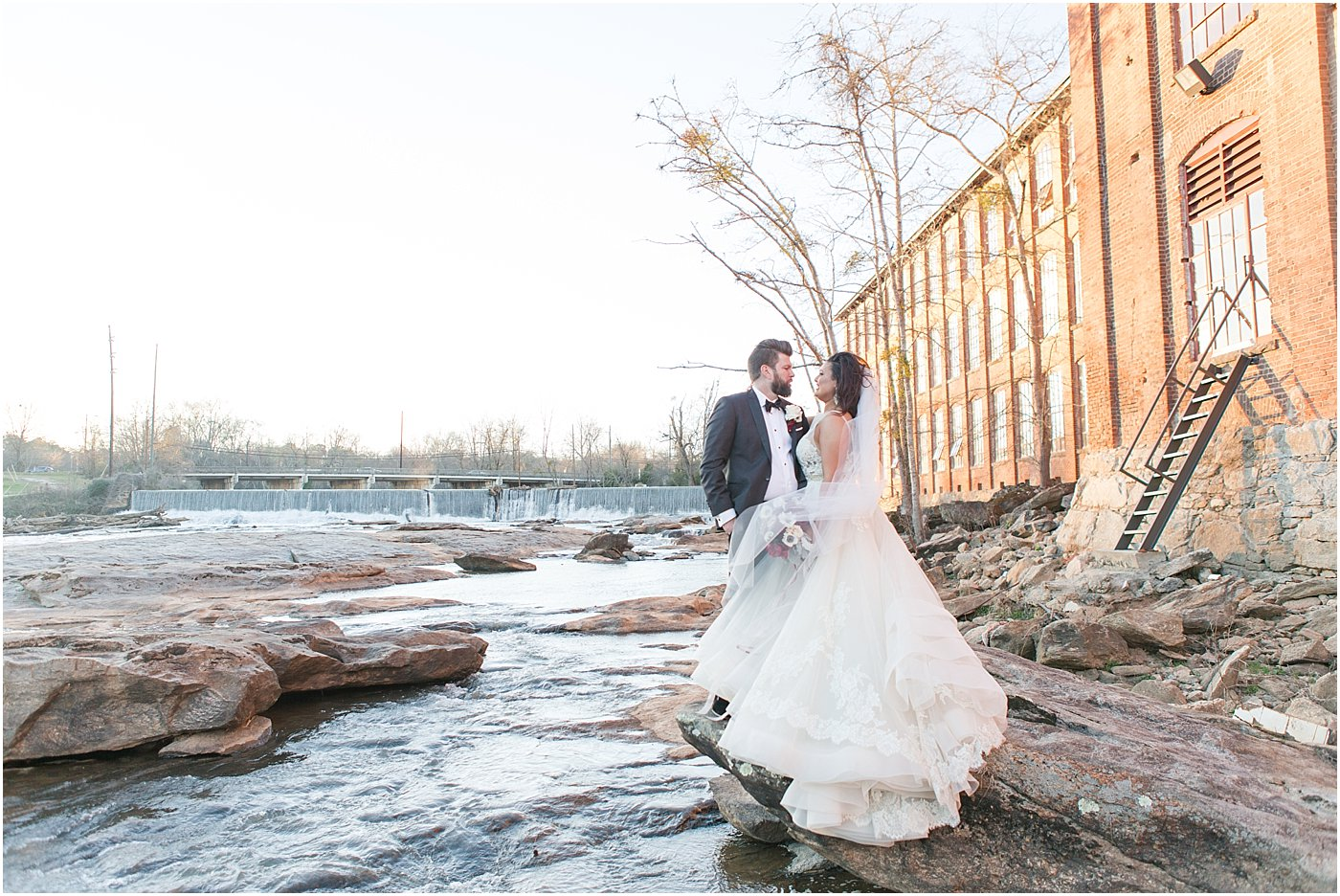 mill_at_yellow_river_porterdale_ga_wedding_photographers_0100.jpg