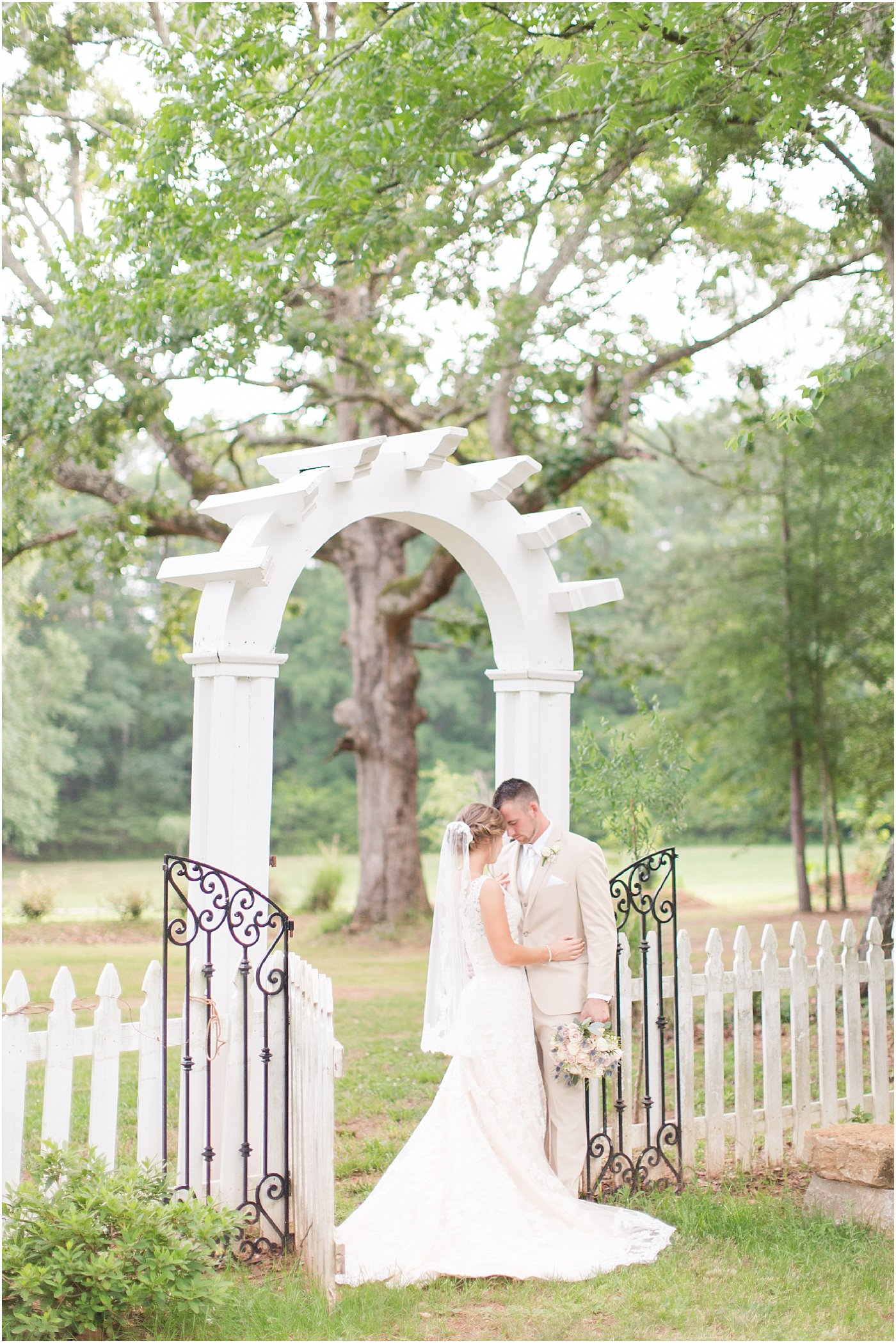 9_oaks_farm_monroe_ga_wedding_photographers_0138.jpg