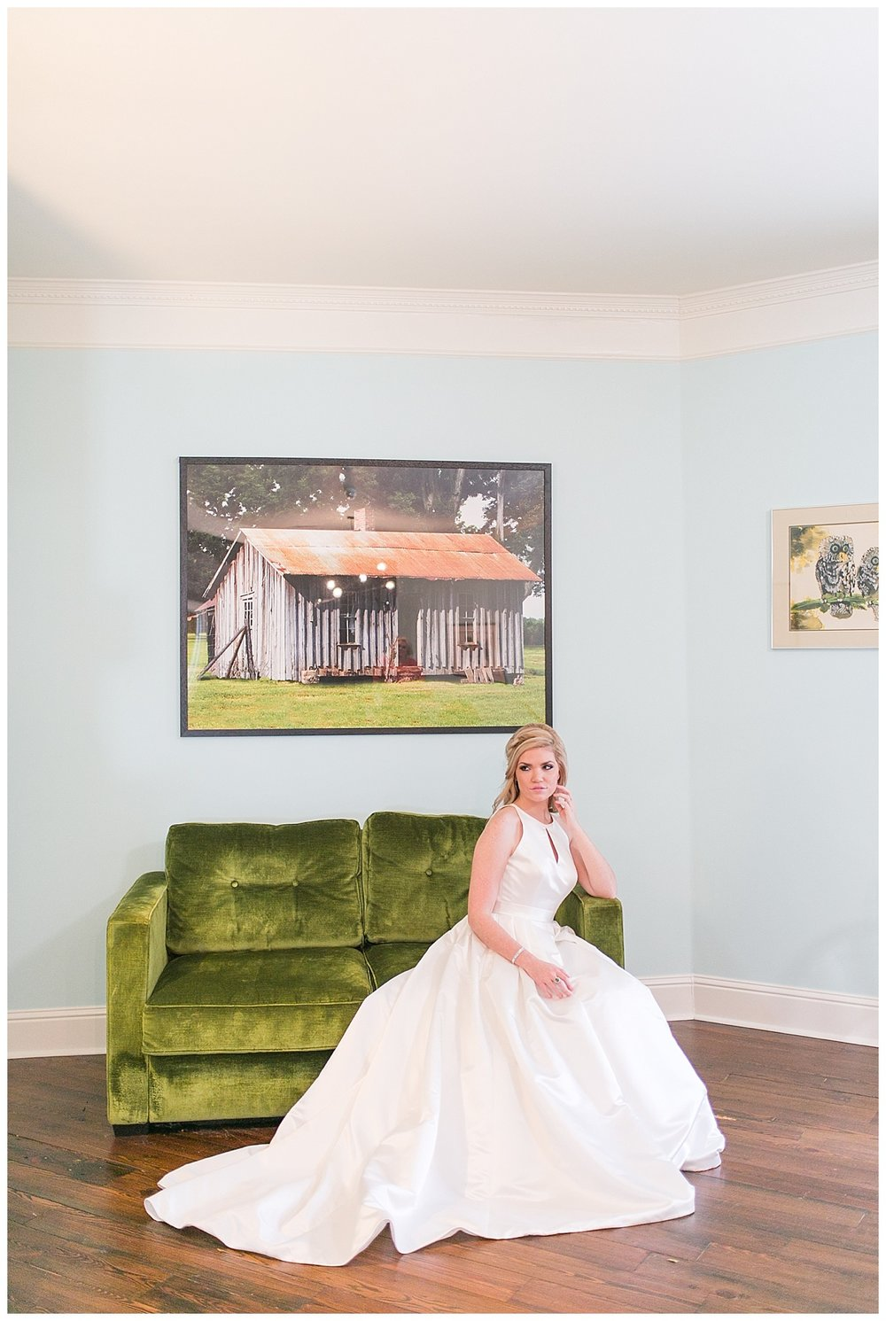 The_Graduate_Athens_Monroe_Ga_Wedding_Photograpehrs_0009.jpg