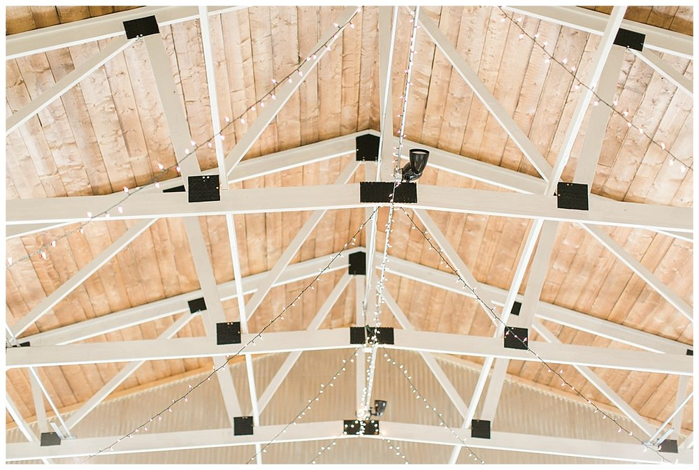 9_Oaks_Farm_The_Warehouse_Monroe_Ga_Wedding_Photograpehrs_0007.jpg