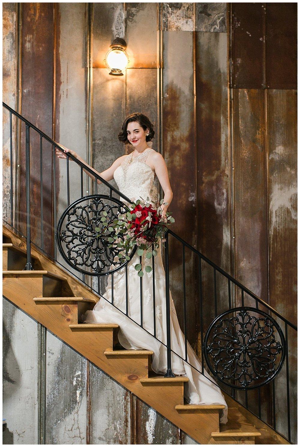 9_Oaks_Farm_The_Warehouse_Monroe_Ga_Wedding_Photograpehrs_0011.jpg