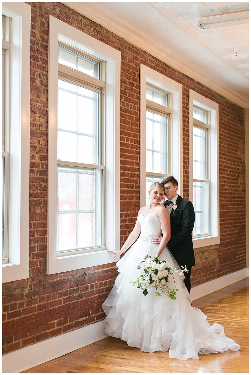 Scott's_Downtown_Monroe_Ga_Wedding_Photograpehrs_0020.jpg
