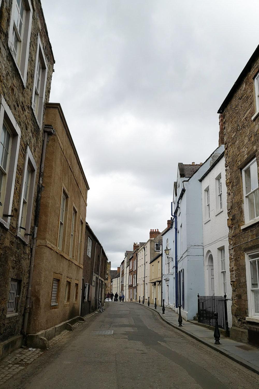narrow street.jpg