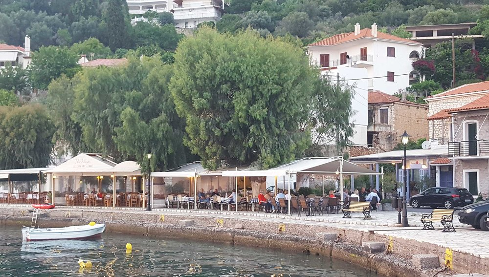 Monistiraki restaurant early evening.jpg