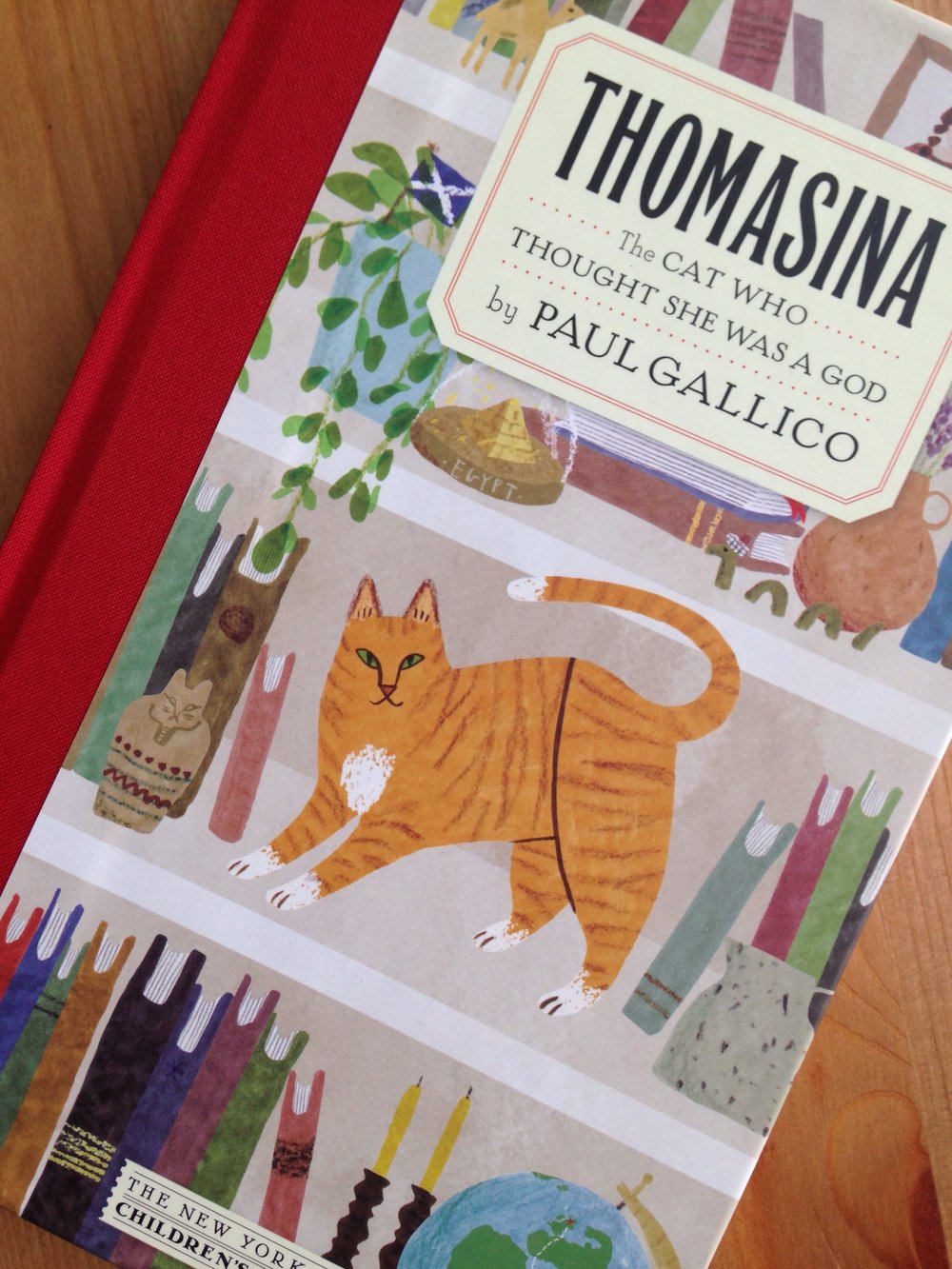 Close up of book cover for Thomasina - The Cat Who Thought She Was a God by Paul Gallico