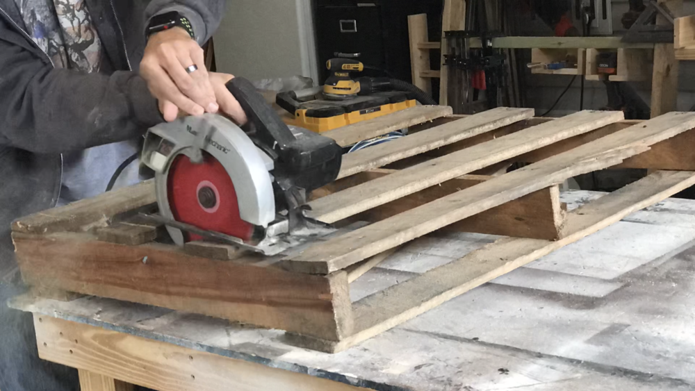 Breaking down the pallet