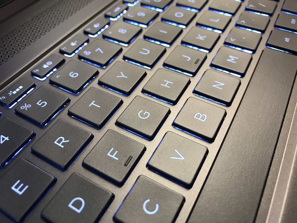 hp spectre keyboard.jpg