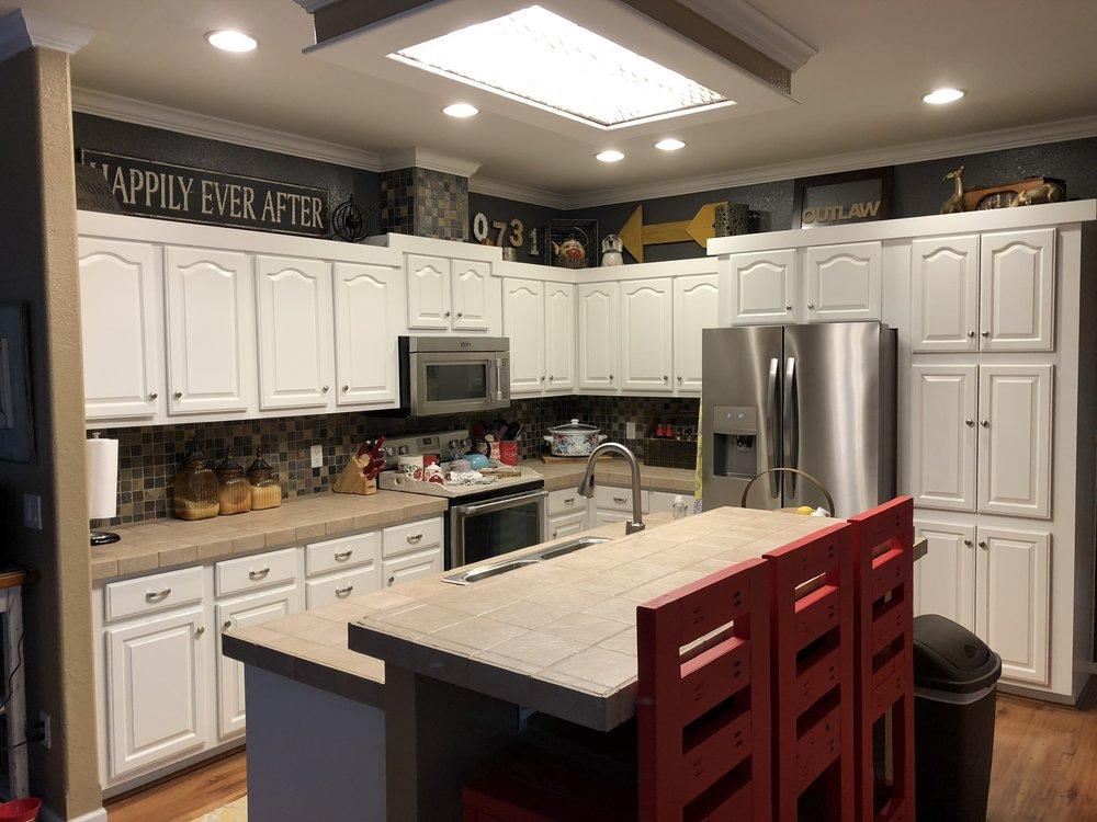 benjamin moore cabinet paint.jpg
