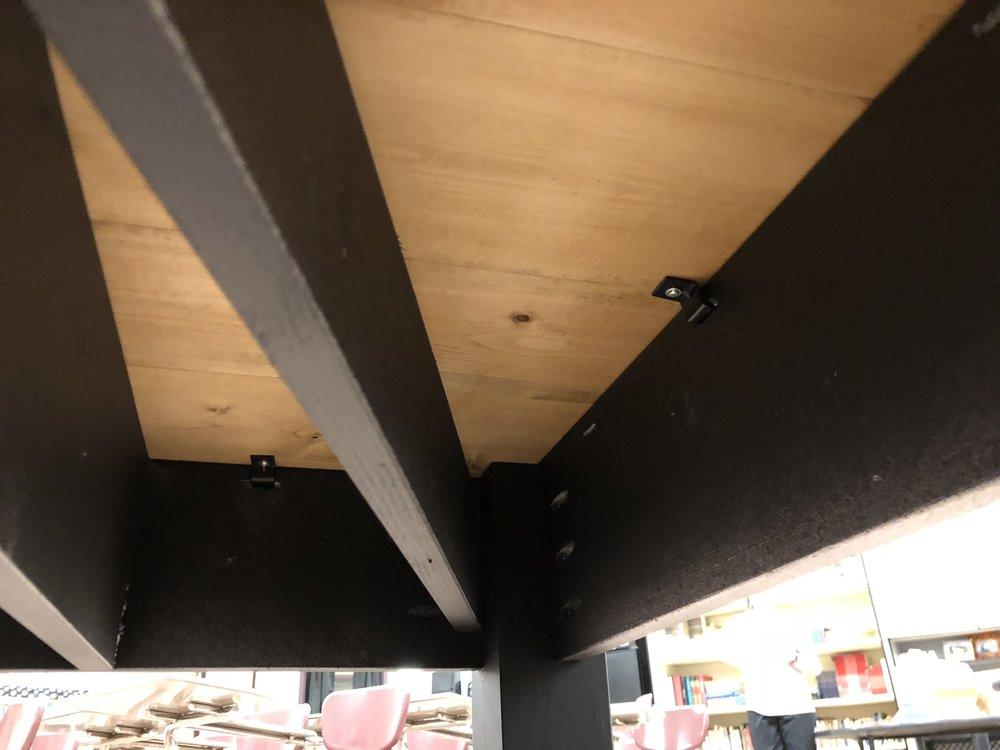 under diy desk.jpg
