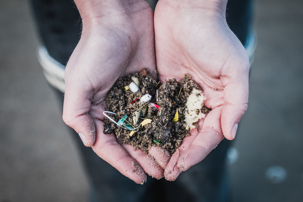 WHAT'S     MICROPLASTIC ?