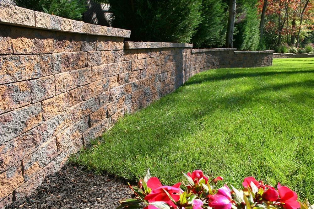 Nicolock Retaining Wall.jpg