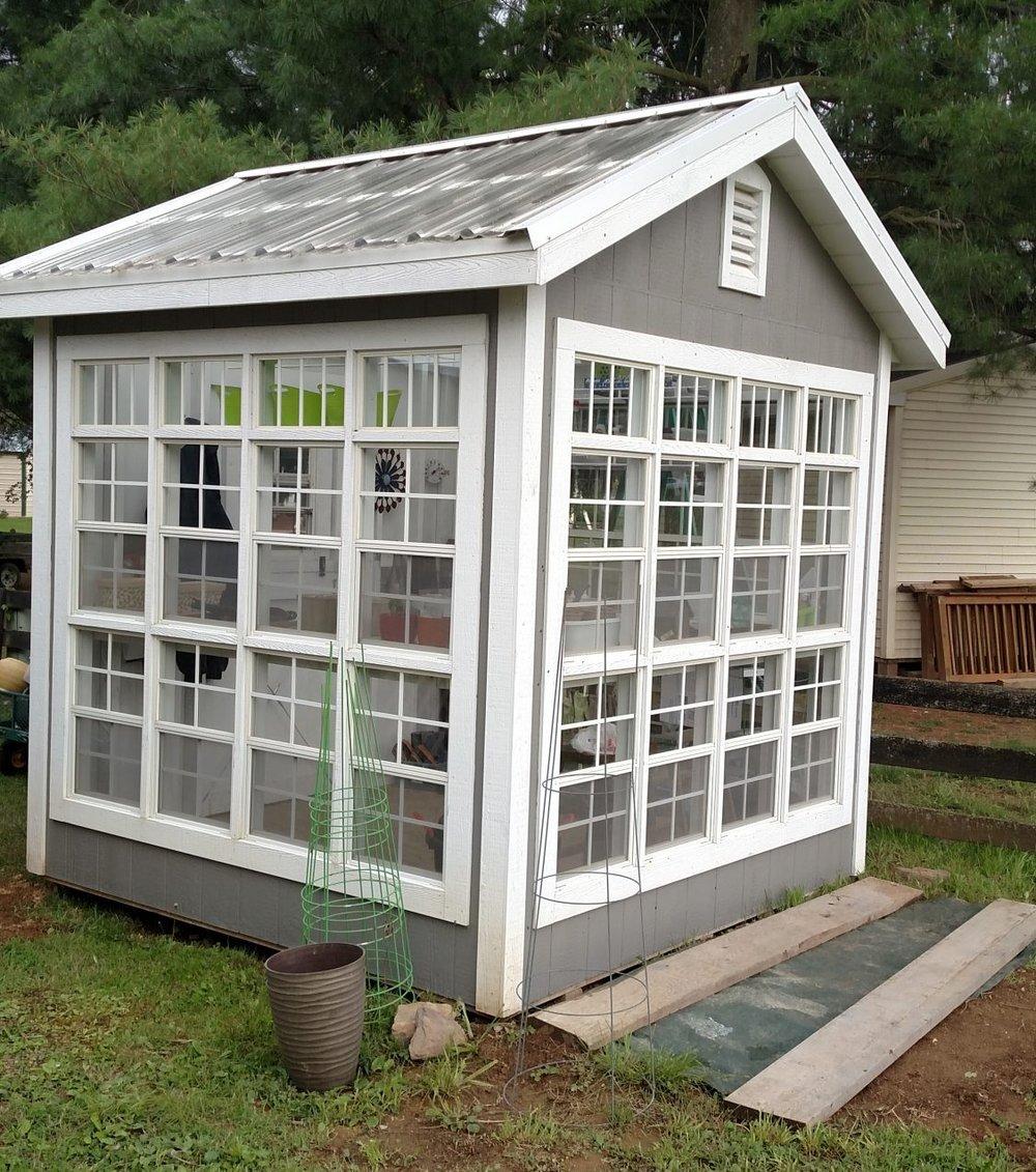 Deluxe Greenhouse
