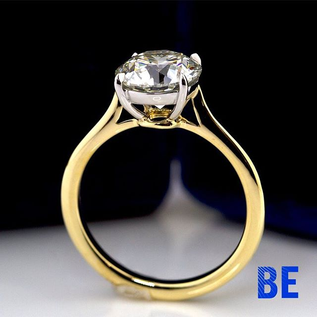 The Fabulous 4 Claw Prong Round Brilliant Diamond Solitaire engagement ring in 18k Yellow Gold with a Platinum setting, Fabricated in our NYC Studio. #gemology #thatsdarling #happiness #engaged #shesaidyes #diamondring #instaring #loveher #love #dreamscometrue #bespokejewellery #sparkle #style #design #cupid #stunning #platinum #yellowgold #proposal #ido #shesaidyes💍