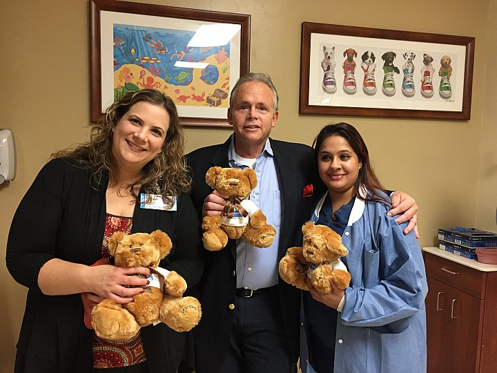 Bear Givers delivers bears to North Shore University Hospital    NOVEMBER 21, 2016