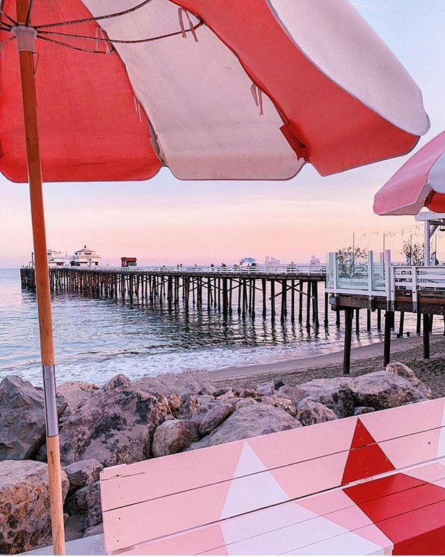 Malibu sunsets via @whitneybearr 💕