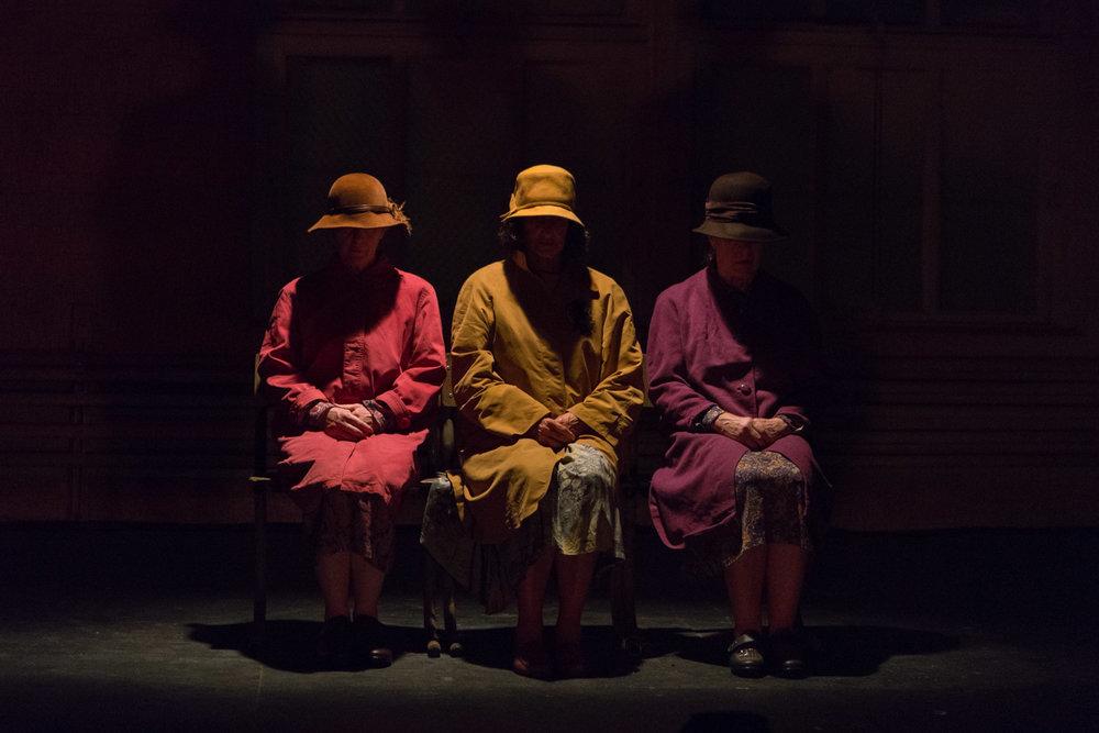 beckett2-theatre-emon-hassan.jpg