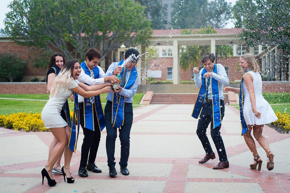 Grads & Seniors