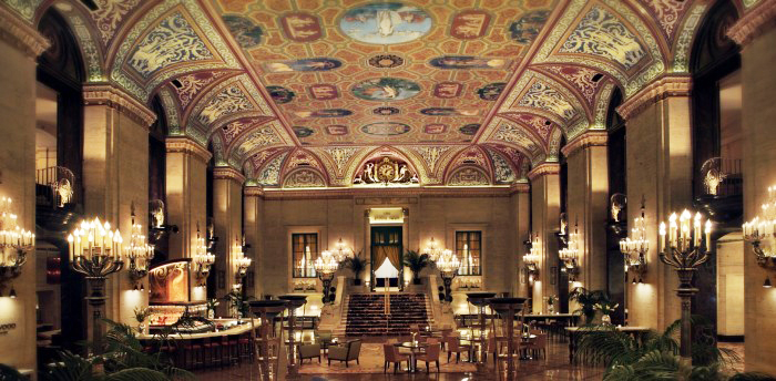 Palmer-house-lobby-final-larger-e1380753290284-700x344.jpg