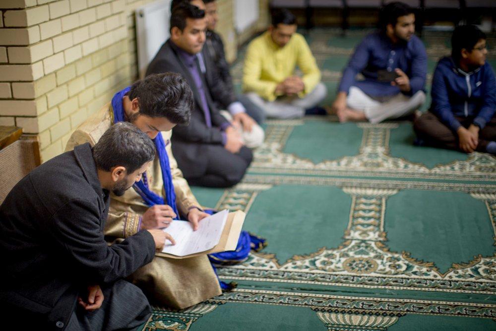 Female-wedding-photographer-birmingham-muslim-wedding-natalia-smith-photography-11.jpg