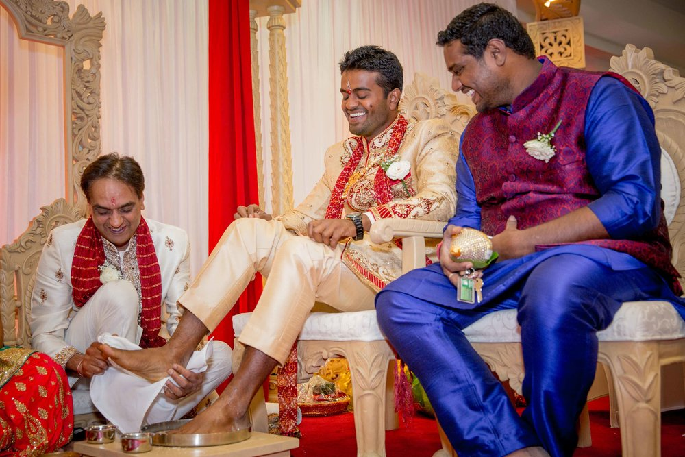 premier-banquetting-london-Hindu-asian-wedding-photographer-natalia-smith-photography-13.jpg