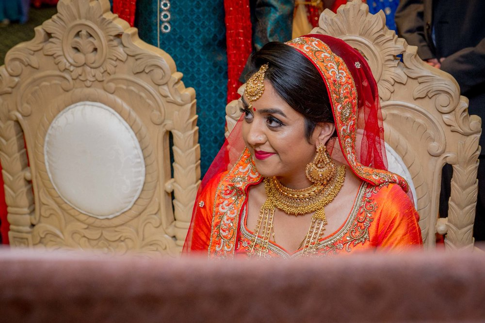 premier-banquetting-london-Hindu-asian-wedding-photographer-natalia-smith-photography-17.jpg
