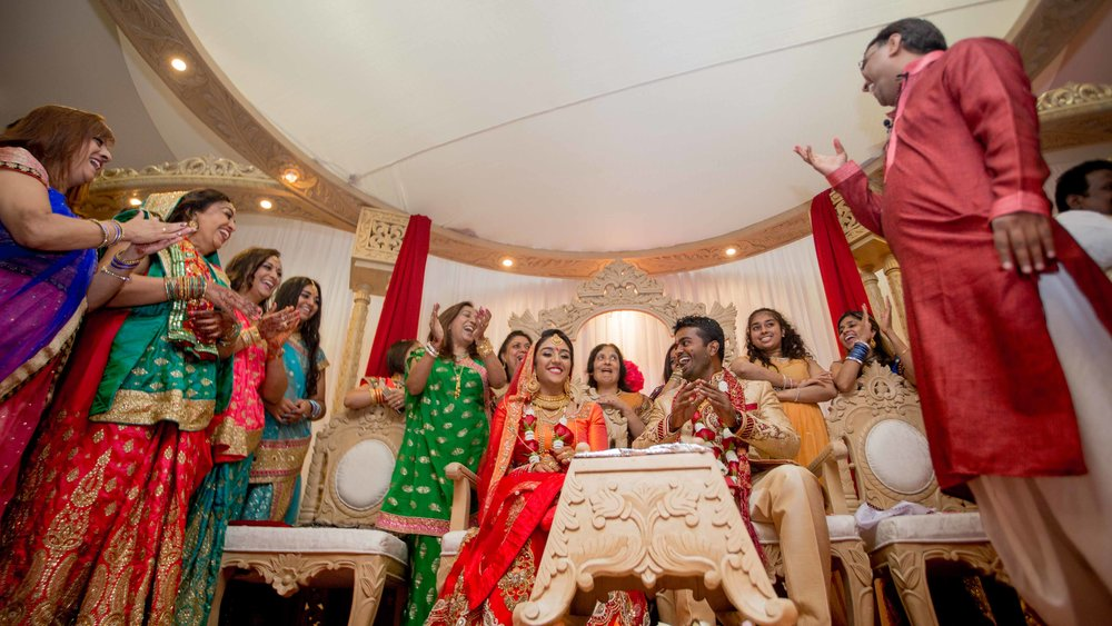 premier-banquetting-london-Hindu-asian-wedding-photographer-natalia-smith-photography-29.jpg