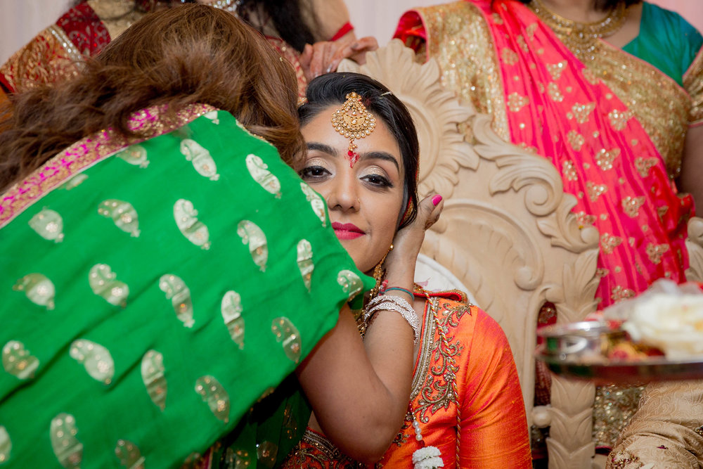 premier-banquetting-london-Hindu-asian-wedding-photographer-natalia-smith-photography-30.jpg