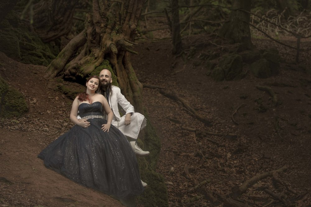 Puzzlewood-fairytale-fairy-forest-wood-prewedding-photoshoot-star-wars-couple-shoot-asian-wedding-photographer-natalia-smith-photography-10.jpg