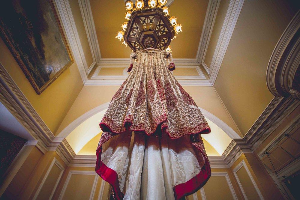 Female-asian-wedding-photographer-Cardiff-City-Hall-natalia-smith-photography-2.jpg