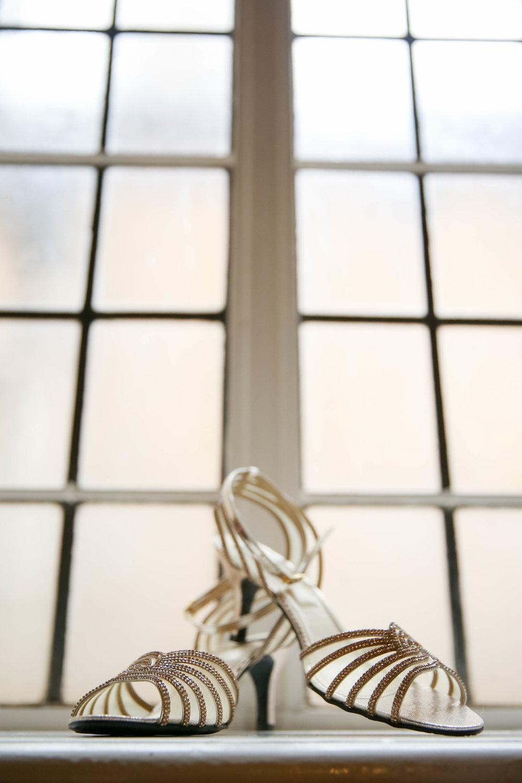 Female-asian-wedding-photographer-Cardiff-City-Hall-natalia-smith-photography-7.jpg