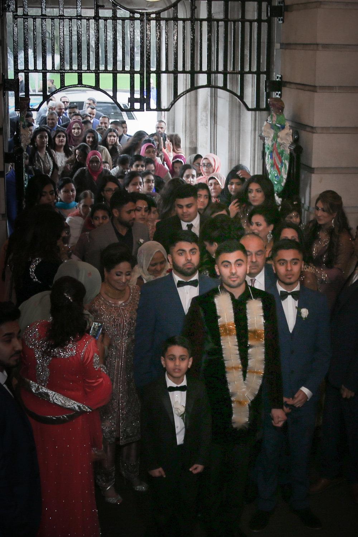 Female-asian-wedding-photographer-Cardiff-City-Hall-natalia-smith-photography-20.jpg