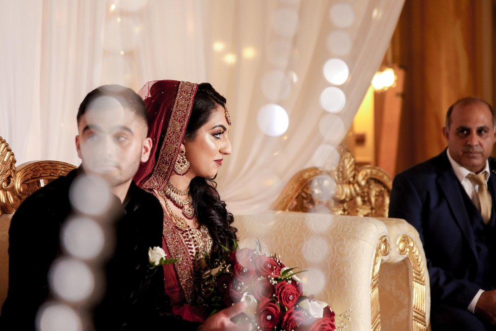Female-asian-wedding-photographer-Cardiff-City-Hall-natalia-smith-photography-24.jpg